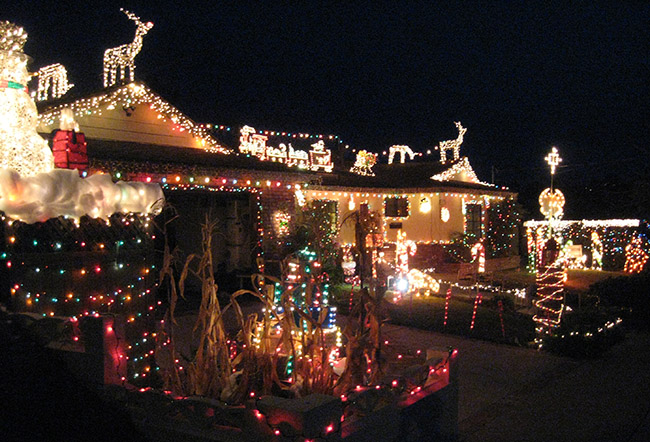 Bob Olson's house lights up the neighborhood at night. (Photo by Jeremy Ogul)