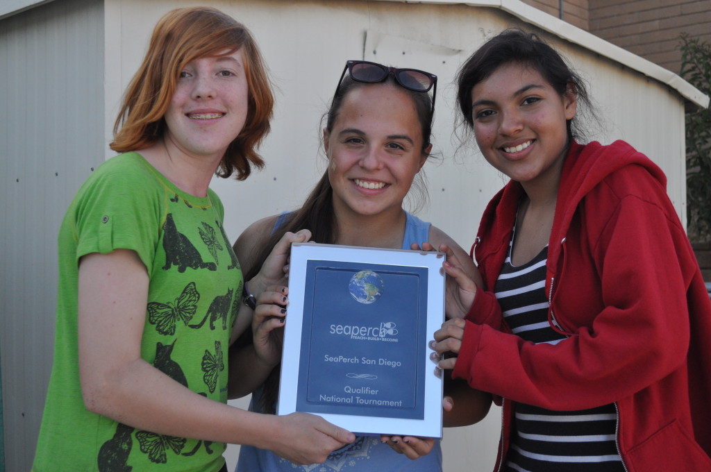 (l to r) Eighth-grade students Anna Hedberg, Emily Close and Catalina Vivanco (Courtesy St. Martin Academy)