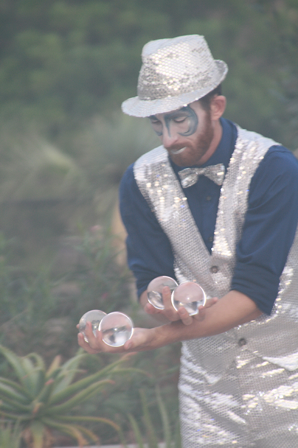 Acts like this juggler entertained guests as they meandered around the Water Conservation Garden during the Gala.