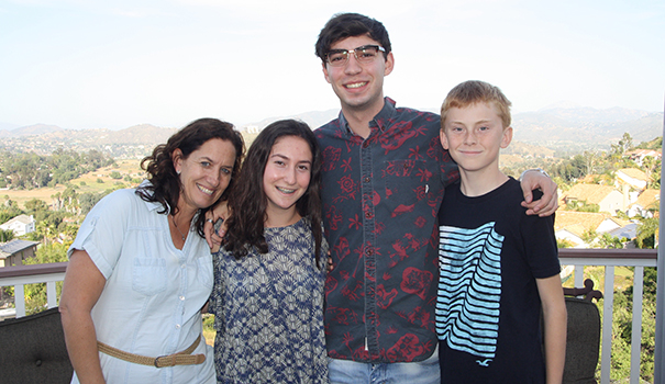 (l to r) The Gardenswartz family: Allison, Sophie, Jacob and Ryan (Photo by Jeff Clemetson)